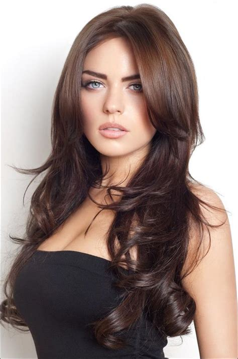 long layered hsir with waves around face boho chic long hairstyles and haircuts