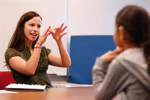 With The Deaf Sign Language Interpreting Program Helps Students Make