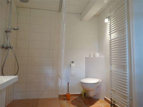 Kleines Bad Mit Ebenerdiger Dusche by Kleine Bader Mit Ebenerdiger Dusche Raum Und