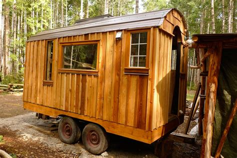 gypsy tiny house romany rose gypsy caravan tiny house swoon memes