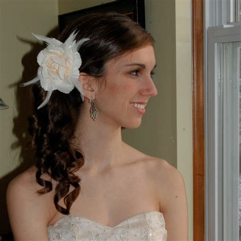 hawaii hairdos hawaii hairdos 3 flower hairstyles to really turn heads