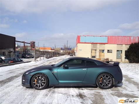 nissan gtr wrapped red chameleon gt r wrapped by restyle it autoevolution