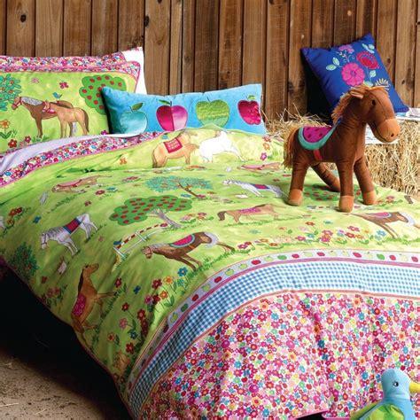 horse bedroom sets girls pony horse bedroom ideas horses duvet set girls