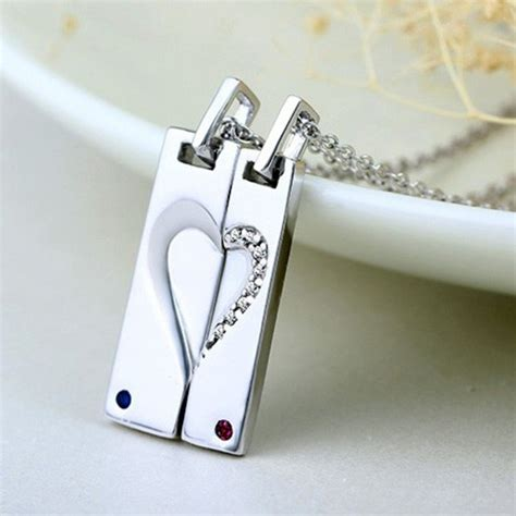 engraved magnetic hearts girlfriend boyfriend necklaces