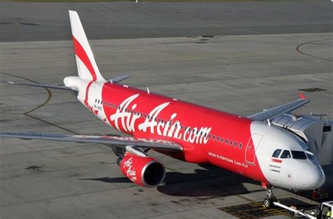 airasia hotline jakarta contact with airasia flight qz8501 bound for singapore