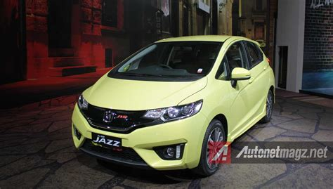 komparasi mazda2 skyactiv vs honda jazz rs japan vs indonesia car of the year promo kredit