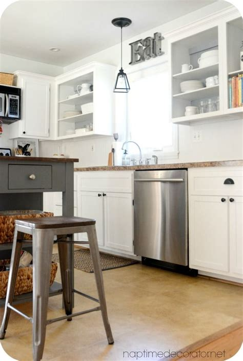 Simple Kitchens Designs What A Difference Simple Trim Makes To Kitchen Cabinets