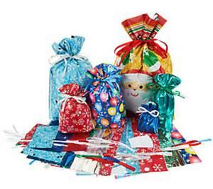 kringle express 52 piece e z drawstring holiday gift bag