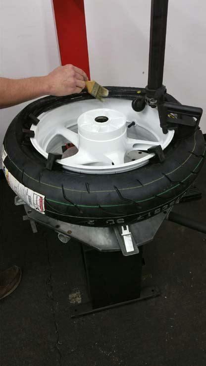 manual tire changer deals   blocks