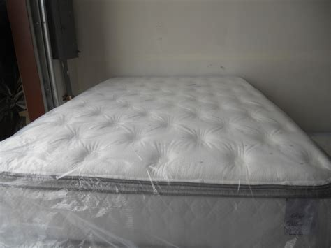 pillow top mattress  benefits    bee home