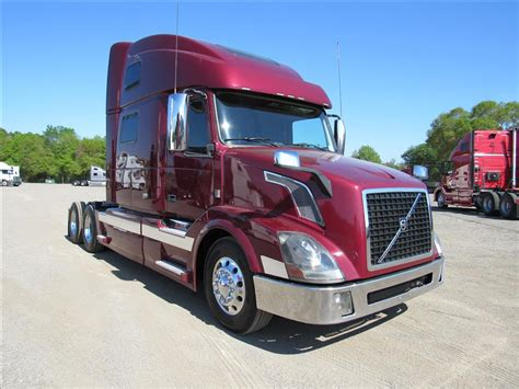 used volvo semi 2014 volvo vnl780 for sale used semi trucks arrow