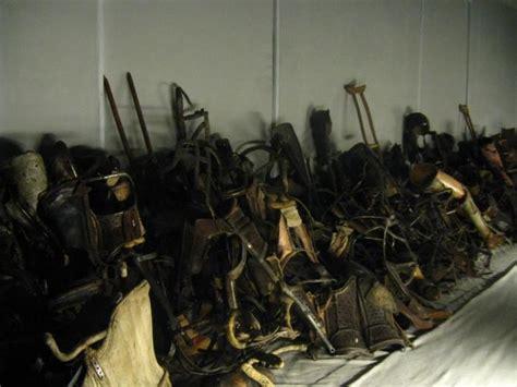 finale la nona porta 10 resti delle orribili dei nazisti sugli ebrei