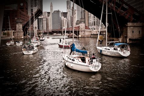 archaeological boat tour of chicago chicago boats en route traveler