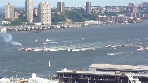 tugboat race nyc nyc 2009 tugboat race youtube