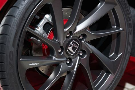 honda civic si prototype wheels 02 motor trend