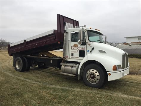 kenworth t300 for 1998 kenworth t300 for sale 26 used trucks from 11 608