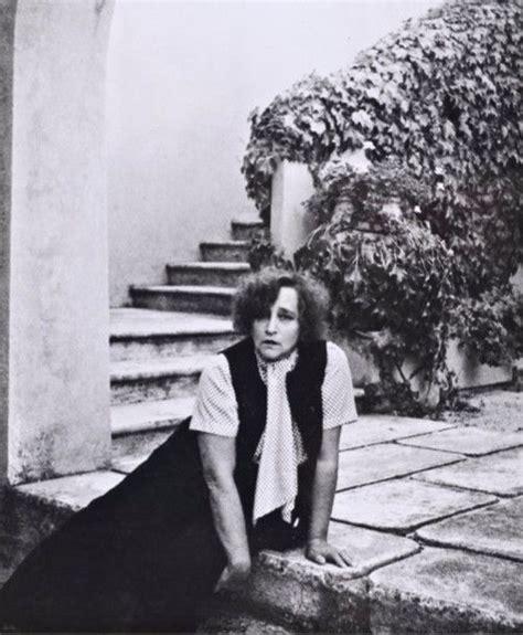 Treille Muscate by Colette 1873 1954 233 Crivain Colette Dans Sa Villa 224