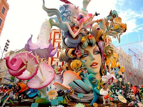 Las fallas in Spain, what are they and what is there to do