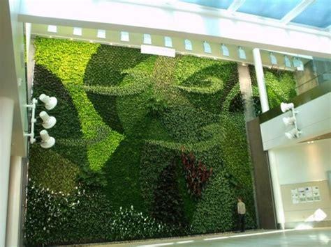 Vertical Garden Toronto Breathe With A Green Wall Urbaneer Toronto Real
