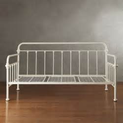 Antique Bed Frames Canada 83 Best Images About Daybed Ideas On Platform