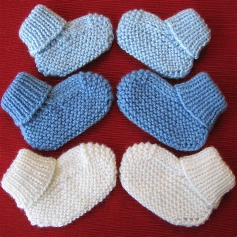 knitting booties for babies patterns free cozy baby booties knitting pattern with free offer for