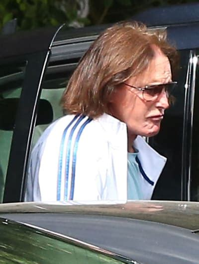 bruce jenner with long hair bruce jenner extends quot deepest sympathies quot to family of