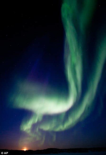 Solar Flares Northern Lights Pictures Solar Flares Northern Lights Metro Uk