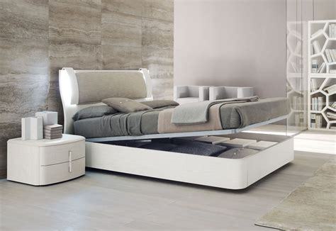 modern italian bedroom furniture sets modern italian bedroom furniture