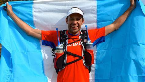 sagastume guatemala juan carlos sagastume competir 225 en el triatl 243 n m 225 s largo