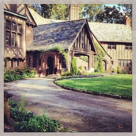 the salvatore house salvatore boarding house salvatores pinterest
