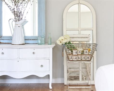 shabby chic painted furniture distressed bedroom design