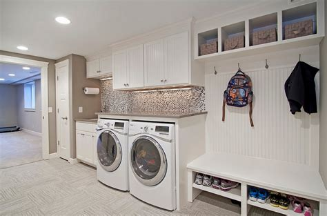Laundry Room In Garage Decorating Ideas 25 Space Saving Multipurpose Laundry Rooms