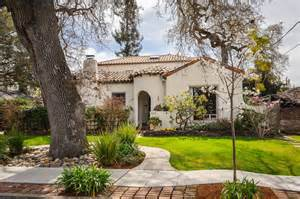 Spanish Revival Bungalow spanish colonial revival bungalow www imgarcade com online image
