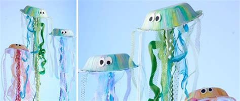 How To Make Jellyfish With Paper Plates - paper plate craft idea make jellyfish scraplifters