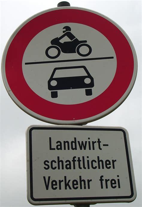 Motorrad Fahren Mit Autoführerschein Strafe by Mit Mofa Auf Einem Feldweg Fahren Welche Strafe