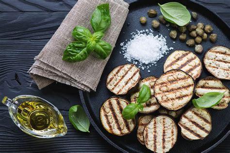 cucinare le melanzane light 10 ricette con le melanzane gustose e light melarossa