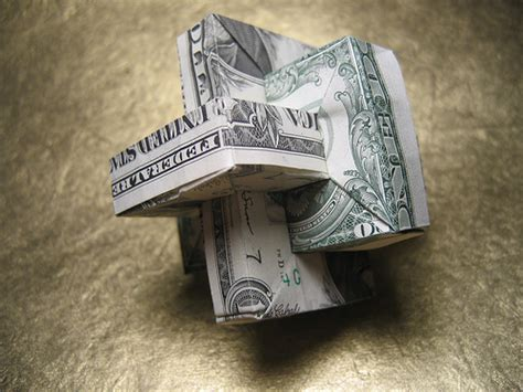 Shaped Dollar Bill Origami - beautiful origami made of dollars by won park noupe