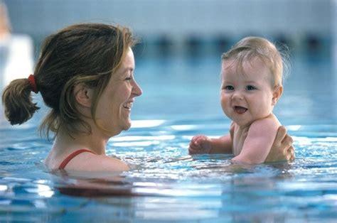 Bak Mandi Bayi Untuk Berenang usia berapa bayi boleh berenang semua halaman nakita id