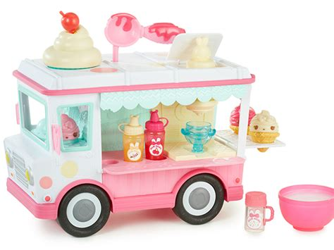 Mystery Island Kitchen Kidscreen 187 Archive 187 Num Noms Pursue The Sweet Smell Of