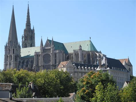 Notre Dame Paris Floor Plan by A Petition To Stop Quot Irresponsible Quot Restoration Of Chartres