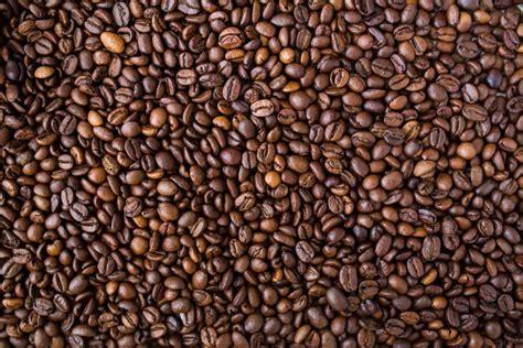 desktop wallpaper coffee seeds macro desktop wallpaper imagen de granos de cafe foto gratis