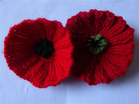 knitting pattern remembrance poppy me and mom have been knitting poppies for remembrance