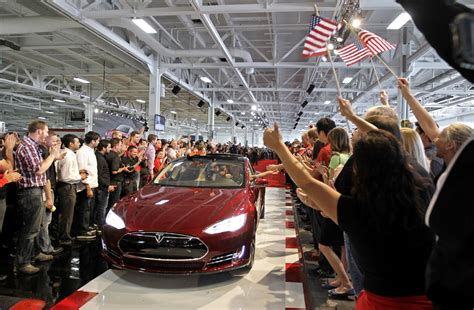Tesla Glassdoor How To Get A At Tesla According To Insiders