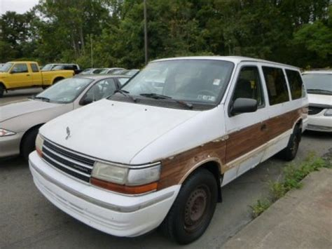 plymouth grand voyager 1993 gray how to fix 1993 plymouth grand voyager engine rpm going 1993 plymouth grand voyager se data info and specs gtcarlot com