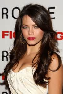 same length hair long brown wavy hairstyle with bangs 2014 jenna dewan s