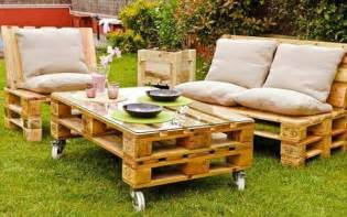 Pallet Patio Furniture Ideas by Outdoor Furniture Made Out Of Pallets Home Decorating Ideas