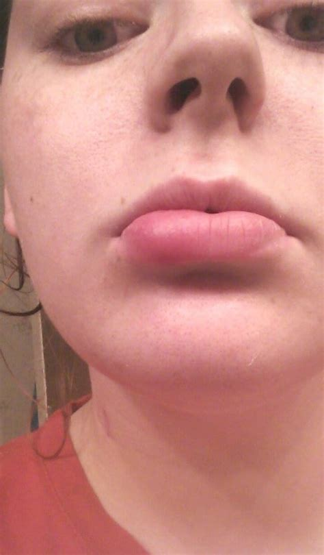 xtreme tattoo piercing san antonio lip piercing about two hours after piercing swollen to