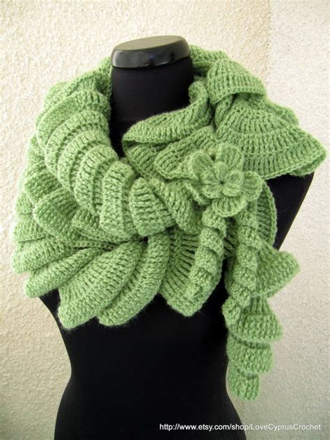 Instant Ruffle Bergo 19 101 best crochet patterns scarves images on crocheted scarf crochet and locker