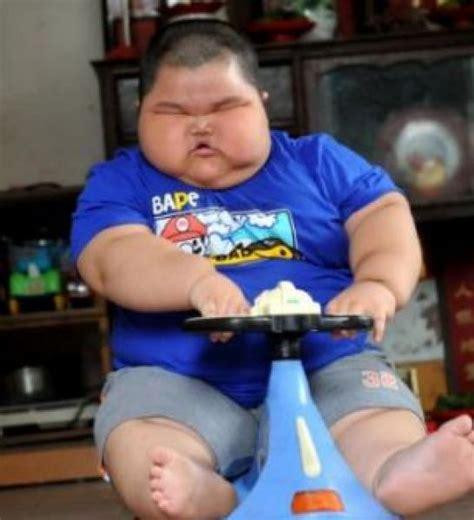 Lu Sorot Pju lu hao a tre anni pesava sessanta chili dago fotogallery