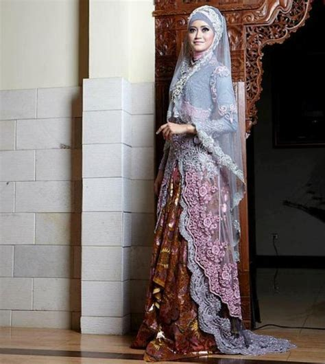 Kebaya Elegan trend terbaru gaun pengantin muslimah elegan dan syar i